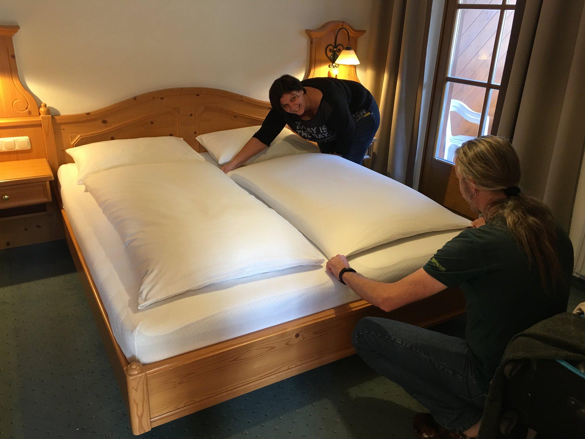 Und immer an die Bettwäsche denken!! #meurers #hotelkristall https://t.co/UtgV1rQhLO