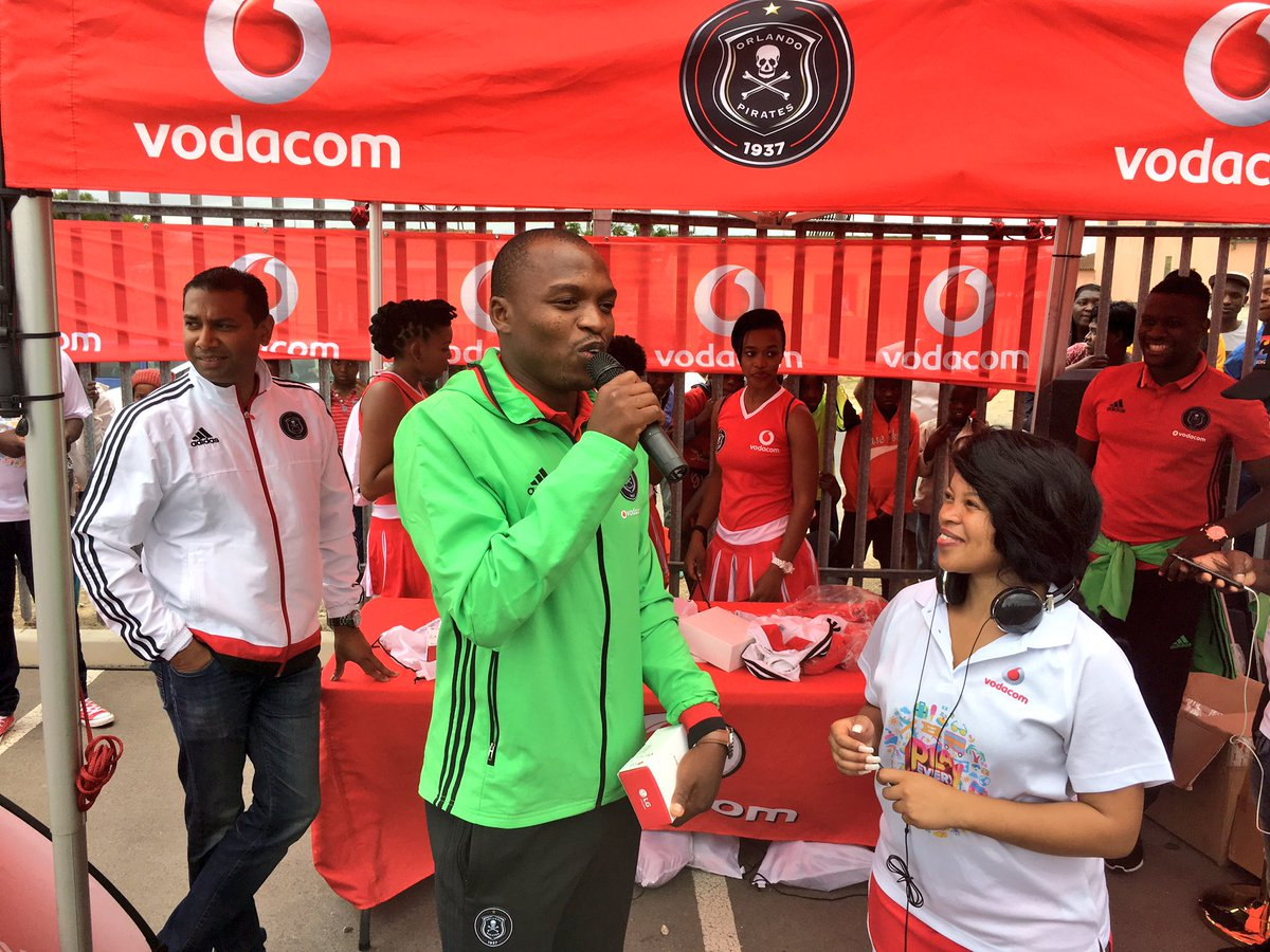 Gift motupa latest news breaking headlines and top stories gift motupa about to make someones day with a new phone oncealways vodacom negle Images