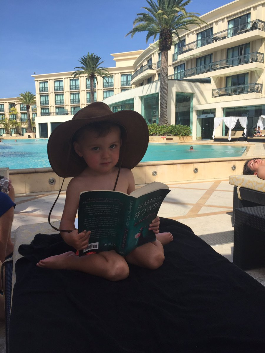 Little Teddy loving @MrsAmandaProwse novel poolside at The Versace- @Cazdaly18 @adamthomas21 https://t.co/sQeDROOPck