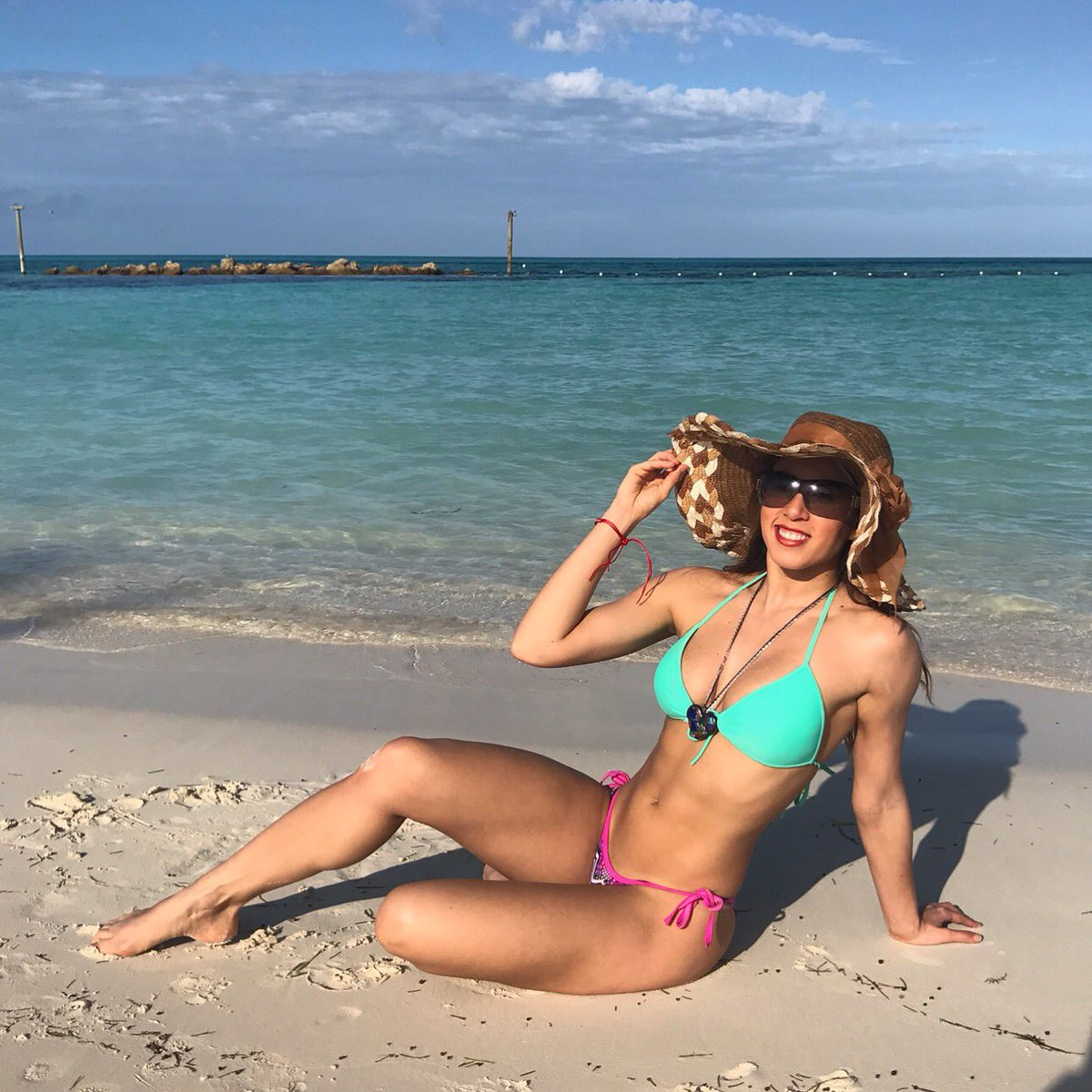 Watch Yaritza Medina video