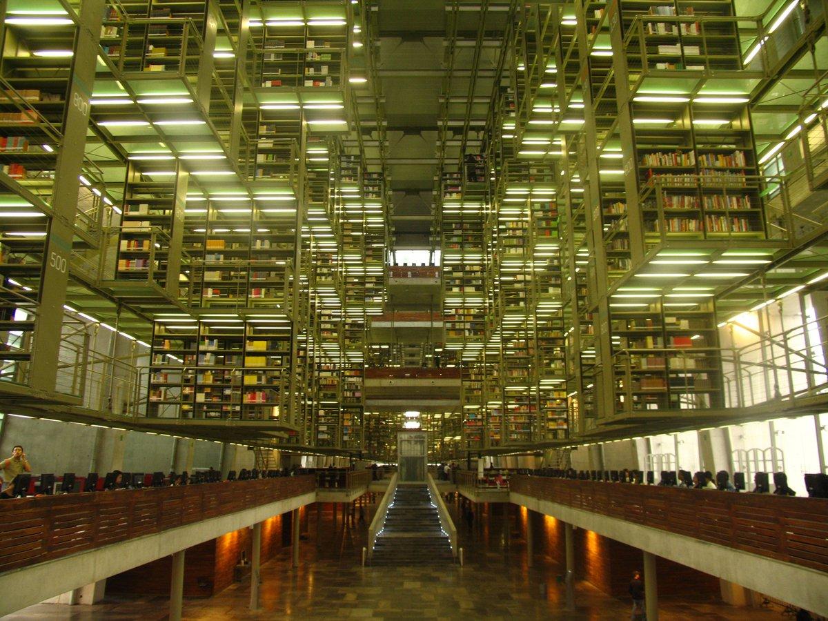 """""""Si tienes una biblioteca con jardín, lo tienes todo."""" (Marco Tulio Cicerón) https://t.co/1voKsAHpOi"""