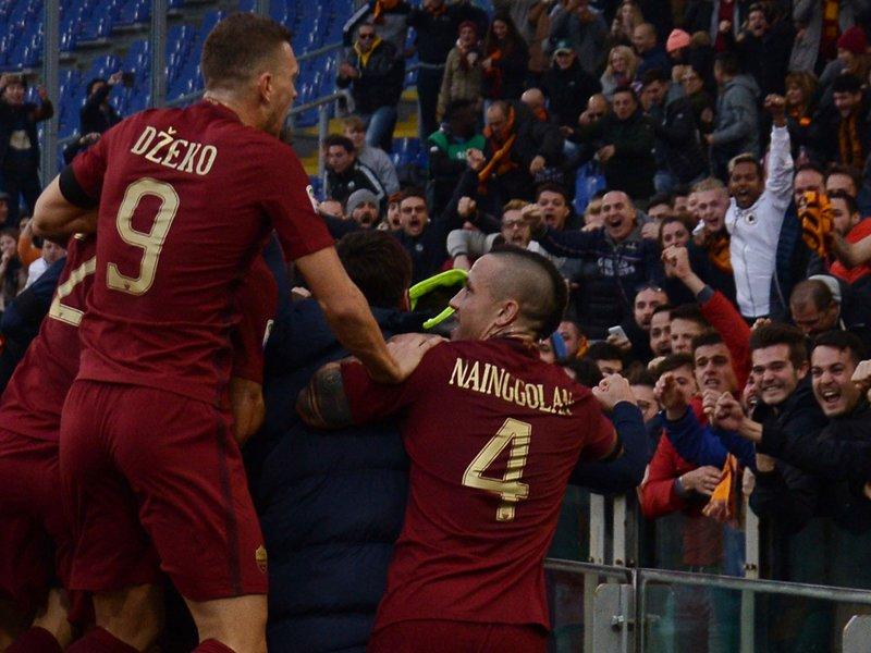 Video Lazio-Roma 0-2: risultato derby con rissa, graziato Strootman dall'arbitro Banti
