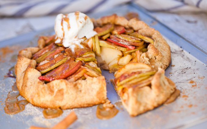 Apple Galette With Salted Date Caramel Sauce [Vegan]