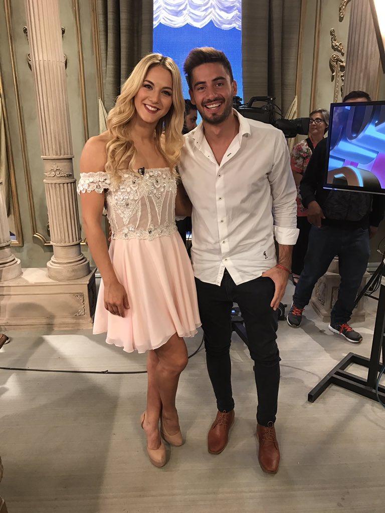 Qué dicen ustedes? Se viene el casamiento de @flor_vigna y @NicolasOcchiato? #FlorVignaConMirtha