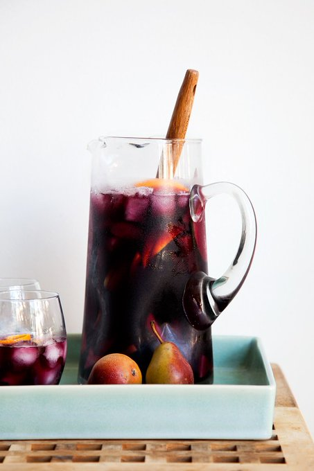 7 Low-Cal Cocktails to be Thankful For