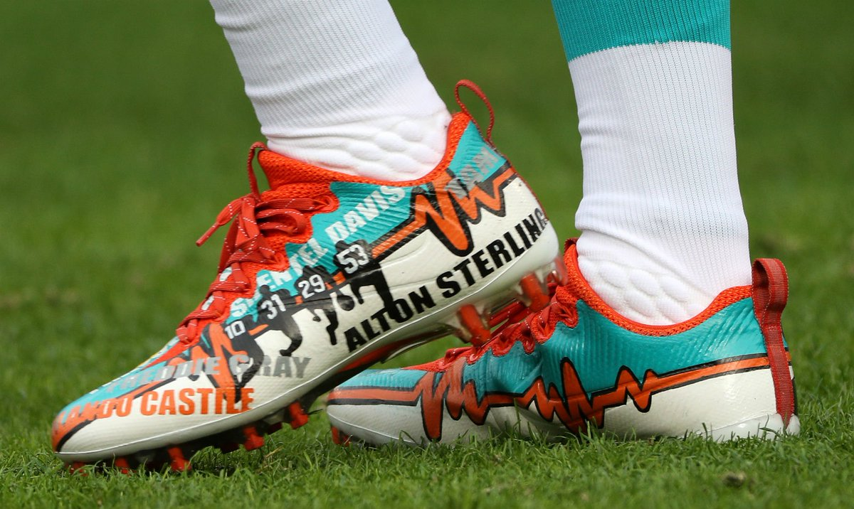 takes a stand against police brutality with custom nike vapor untouchable  cleats c324f67f461b
