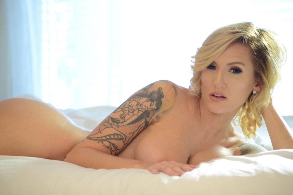 Reagan Lush naked 689