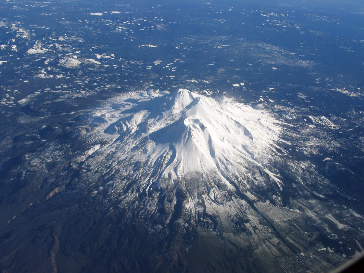 Mount Shasta, California, a 4,332 m high complex compound volcano ...