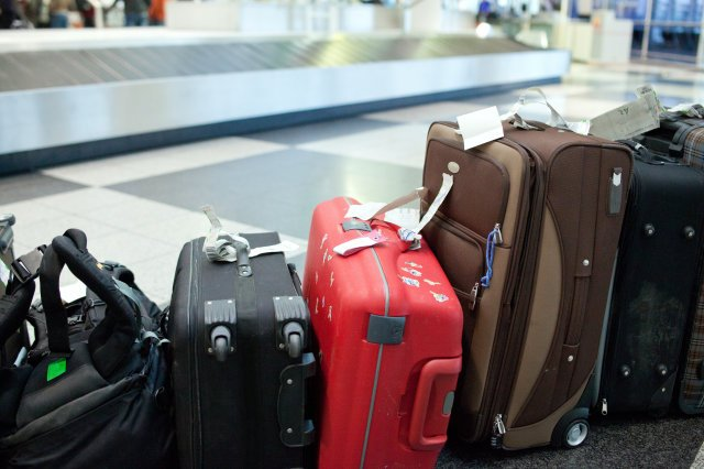 """Legit.ng   Leading the way on Twitter: """"Complains galore as luggage theft  increases at Nigerian airports https://t.co/Jwt2dhoGlv… """""""