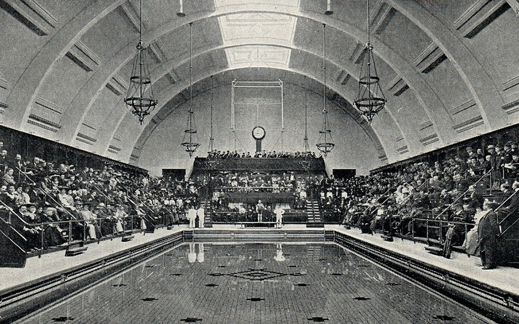 Haggerston pool is doomed: #Hackney council gives up trying to save it https://t.co/LAs4VqUGdJ https://t.co/bxc9fEEYS9