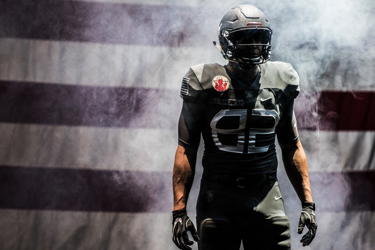 fccc6f46d Army s new uniforms for the 2016 navy game are badass tributes to world war  ii paratroopers (📷   goarmywestpoint)