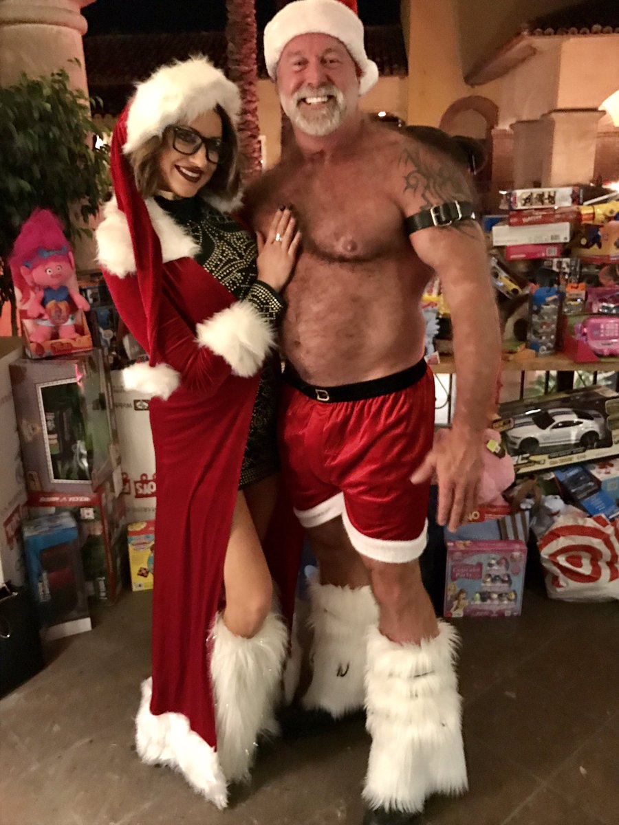 Anyone See The New Daddy Santa Car Commercial