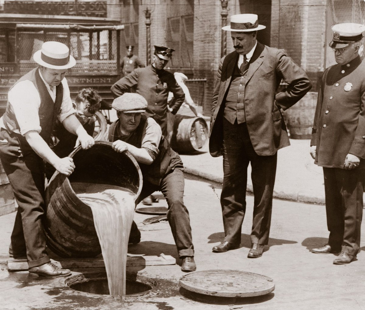 Cheers to Repeal Day, so that we may never have to endure prohibition again. https://t.co/ih4WLVOFrE https://t.co/JXoJAwREIp