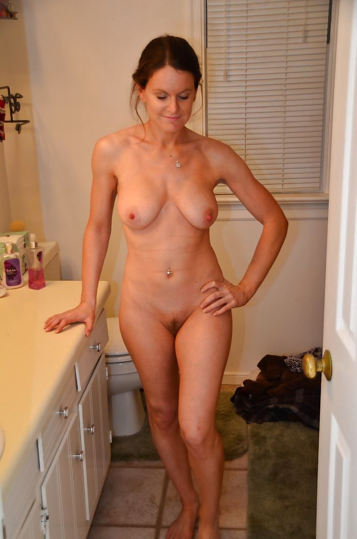 Hot milf caught nude wet butts spank