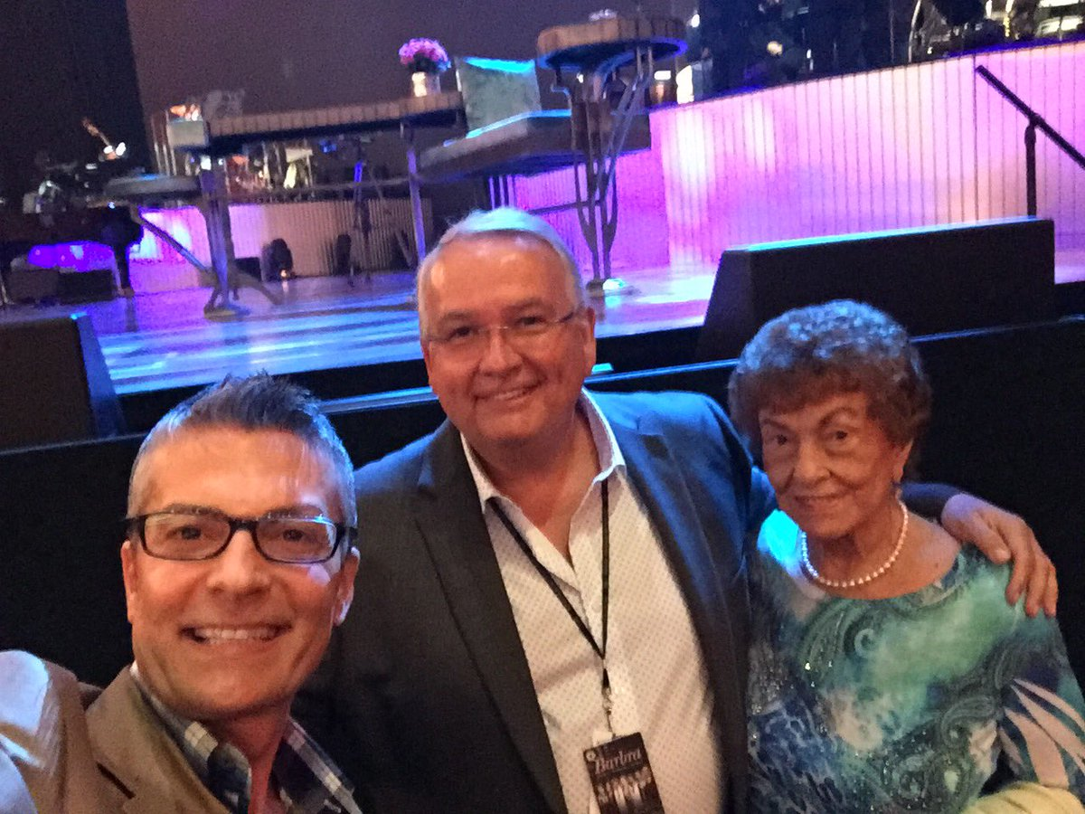 Randy Fenoli On Twitter So Excited With Mom Dear Friend Aj Won Waiting For Barbrastreisand To Take Stage Close Can Touch It