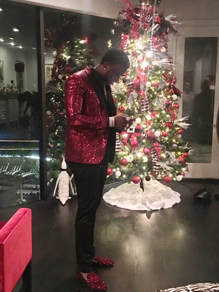 Gucci Mane Christmas.Gucci Mane On Twitter Santa Is Coming