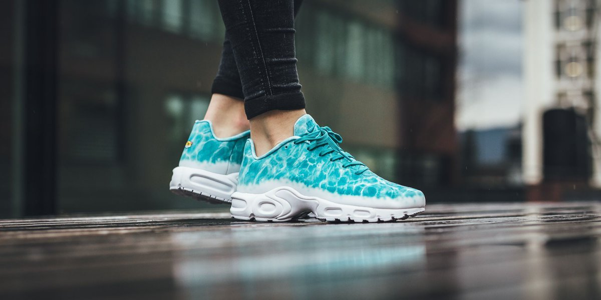 85f919e0c9 ... coupon for titolo on twitter nike air max plus gpx premium sp turbo  green turbo green