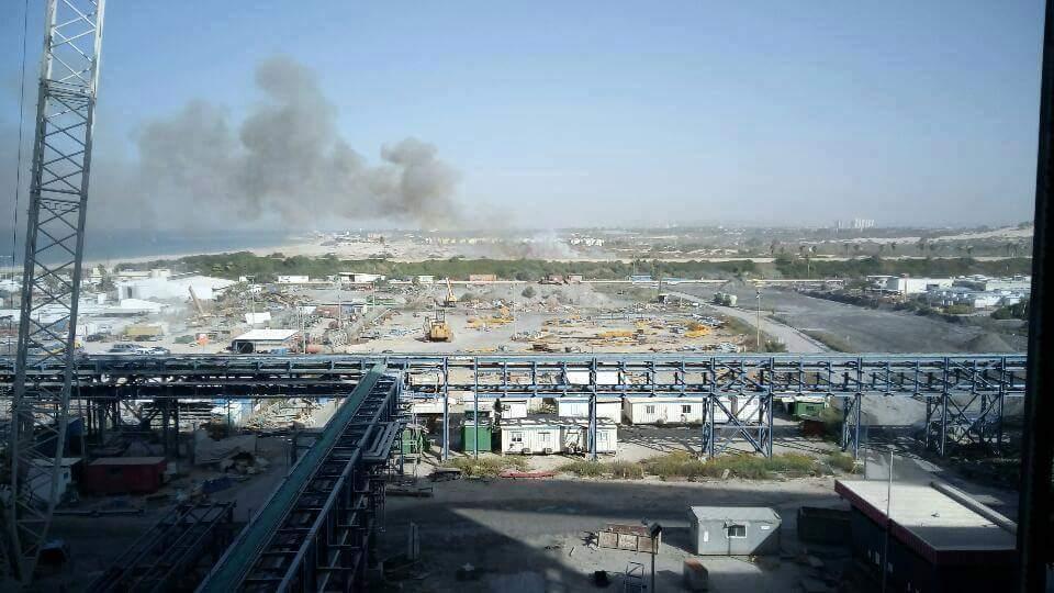 """حرائق كبيرة في """"إسرائيل"""" وطواقم الإطفاء عاجزة عن إخمادها CyBDbi1WQAAuFfy"""