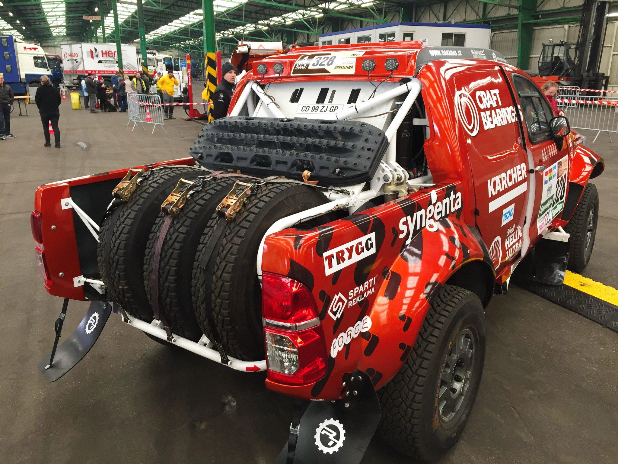 2017 Rallye Raid Dakar Paraguay - Bolivia - Argentina [2-14 Enero] - Página 5 CyBnBDrWEAA2TWV