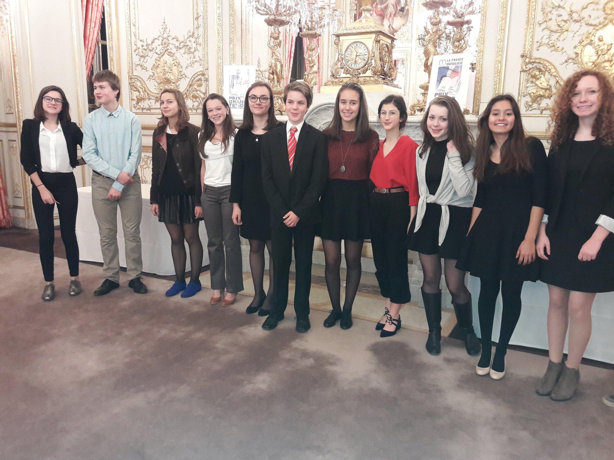 #prixgrandtemoin Arrivée du Jury Junior, les élèves de seconde du lycée franco-allemand de Buc (78) https://t.co/Bfh9et6IGP