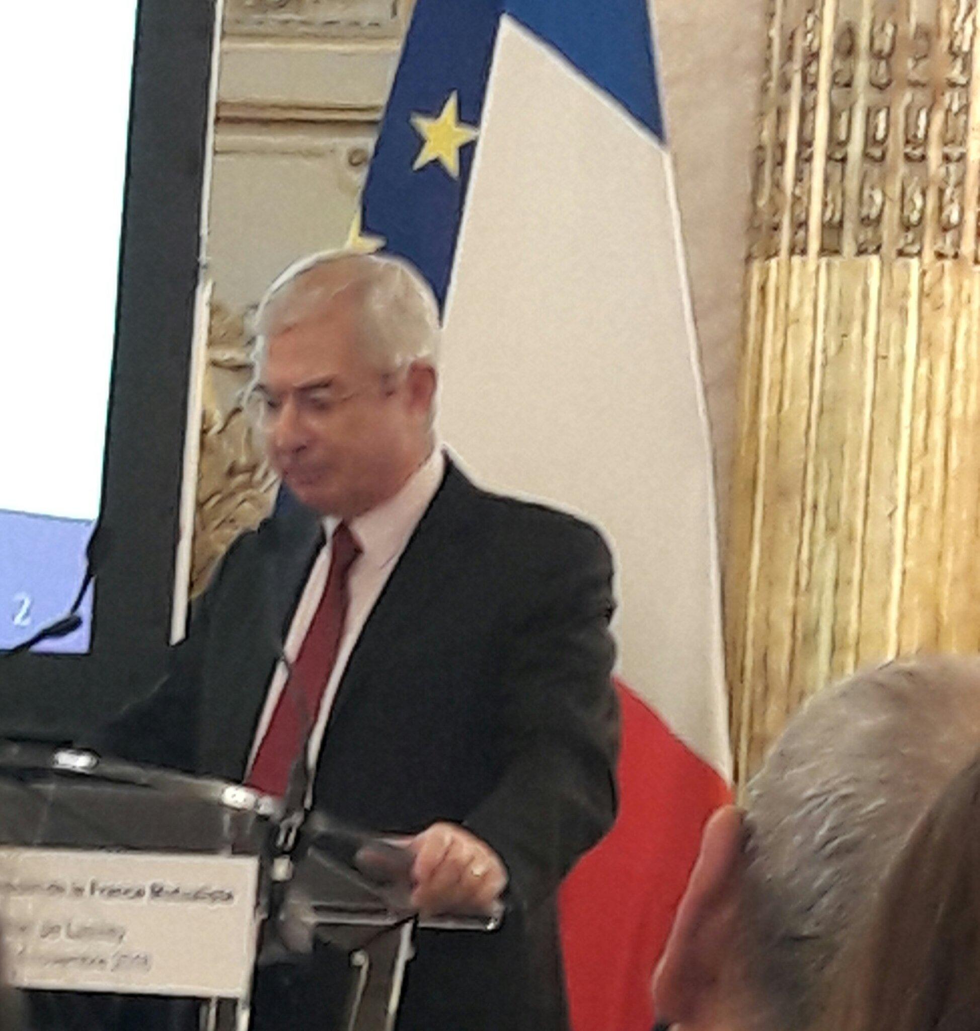 #prixgrandtemoin Inauguration par Claude Bartolone, président de l'Assemblée Nationale https://t.co/e7g5YRQVgD