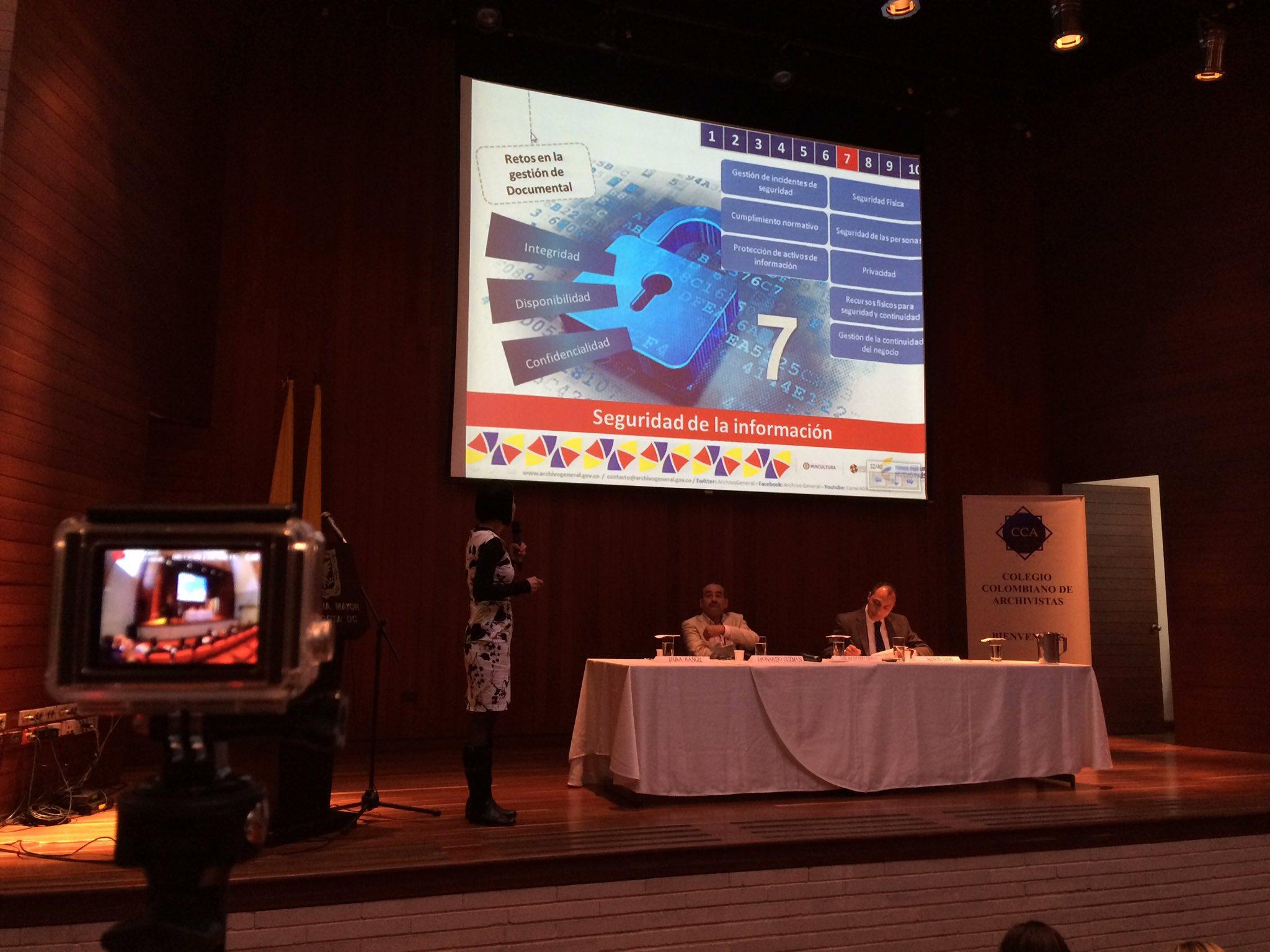 """Hoy el @ArchivoGeneral abre el Seminario Internacional #RetosDeLosArchivosMunicipales con """"Tendencias de gestión documental electrónica"""" https://t.co/eqAsvgSrOi"""