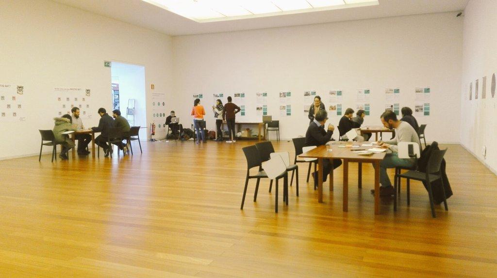 Interacciones #colectivas #talleres #proyectos en comun #inteligenciacolectiva en #urbanbat16 @urbanbat https://t.co/nmbkDeW2nr