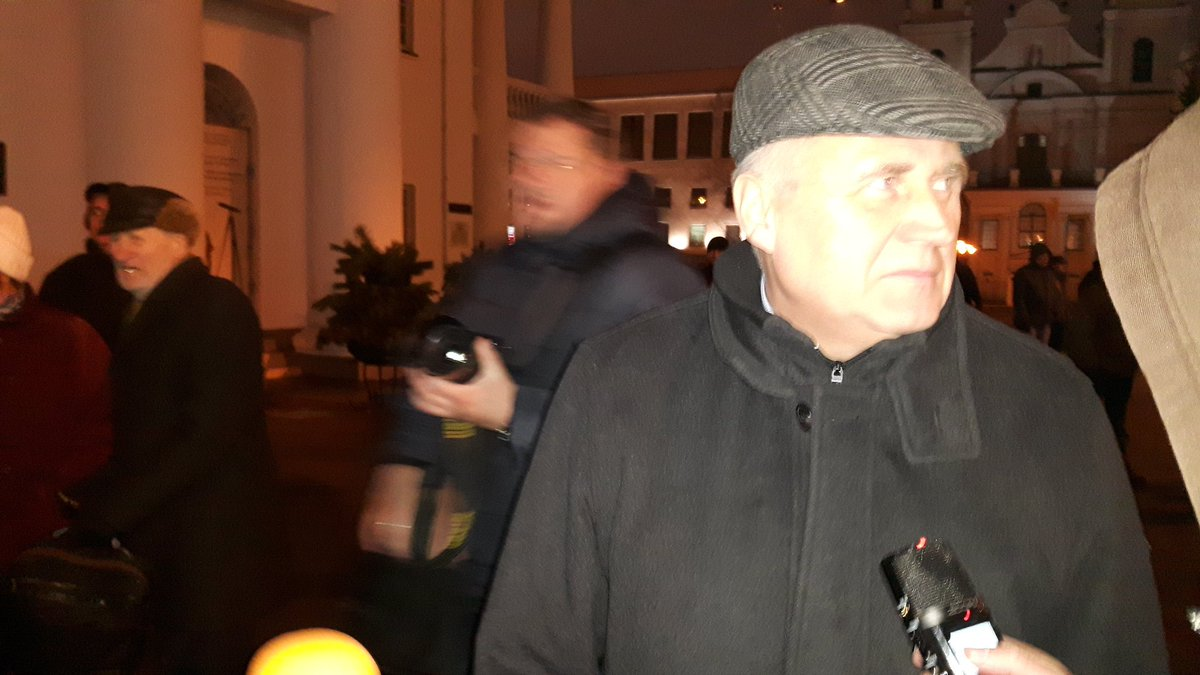 Mikalai Statkevich in Liberty square: We want to remind you that crime, which happened 20 years ago