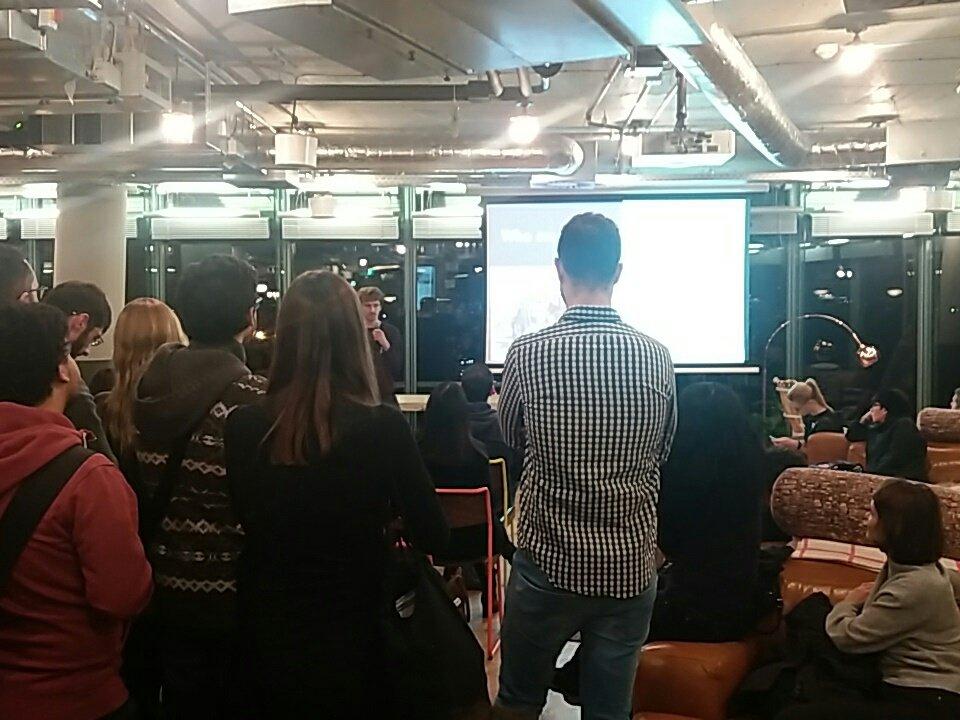 Presentations started at #TSJfair berlin https://t.co/CmDGv14f5r