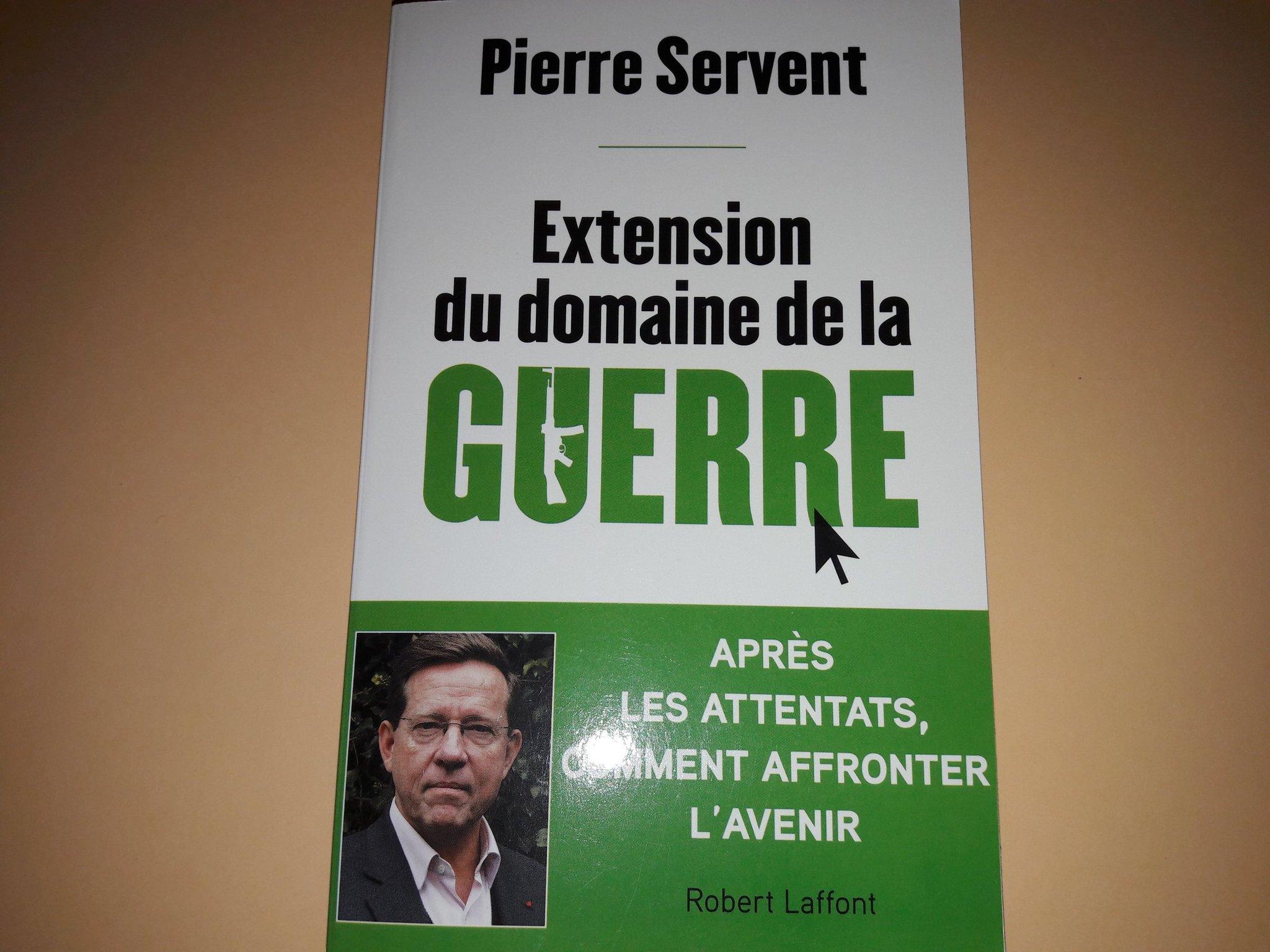 """#prixgrandtemoin Pierre Servent, Prix du Grand Jury pour """"Extension du domaine de la guerre"""". @robert_laffont https://t.co/A8QFxt607n"""
