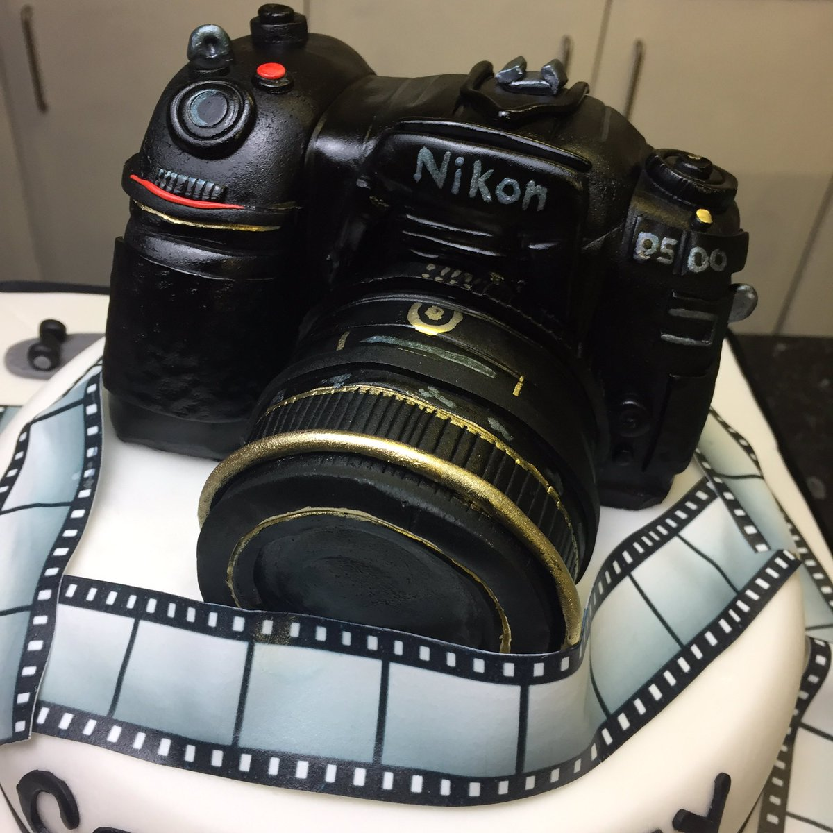 Magnificent The Bakeking On Twitter Pretty Flashy Latest Cake Order Nikon Personalised Birthday Cards Sponlily Jamesorg