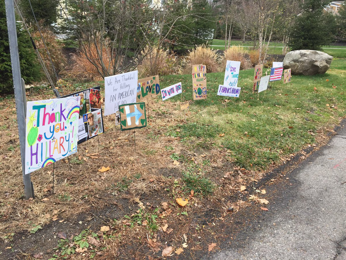 Hillary Clinton's neighbors made her some nice decorations for Thanksgiving