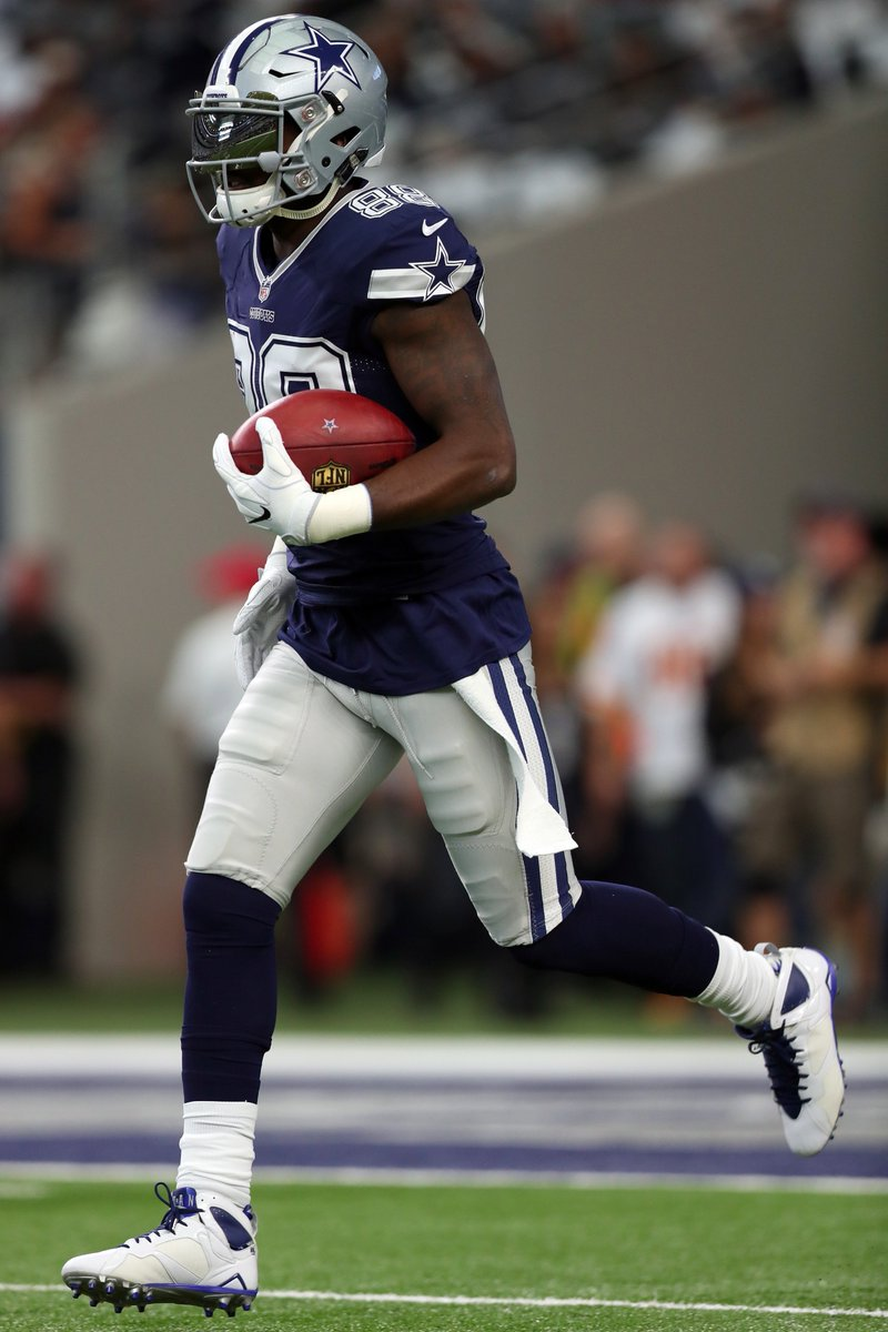 B R Kicks On Twitter Dez Bryant In The Air Jordan 7 Cleats