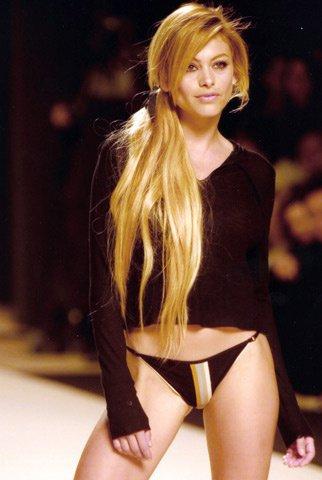 Vaya noche aquella en #Barcelona en el #FashionWeek hace unos años 💃❤️🇪🇸 #TBT https://t.co/BOtvYbmh1
