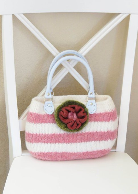Knit Bag Pattern, Felted Purse Pattern, Knit Purse, Knitting Pattern, PDF Pattern, Lilys Stripe Purse, Girls Purse