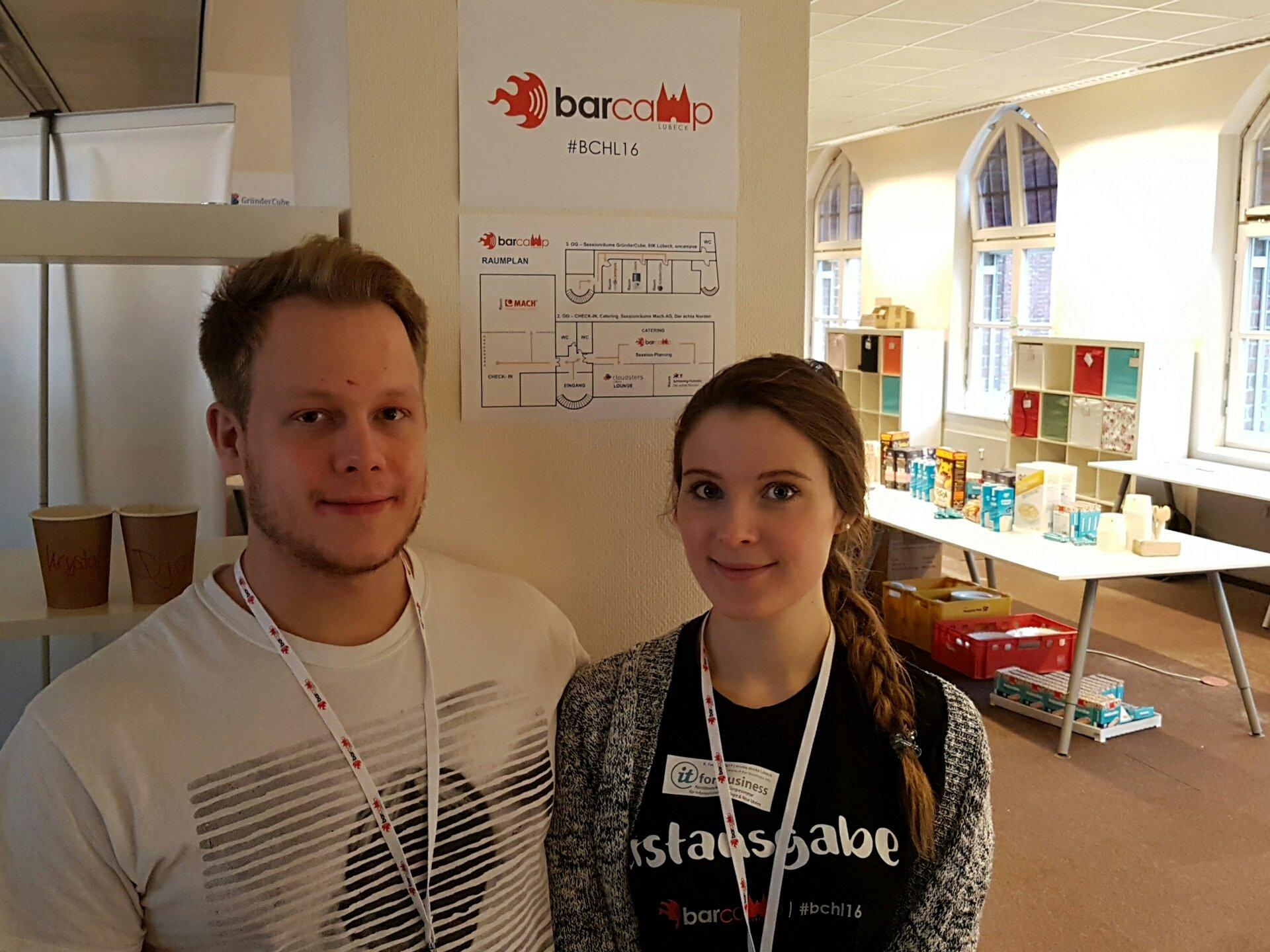 Moin auf dem Barcamp in #Lübeck #bchl16. Frühstück geht gleich los. Endlich... https://t.co/Sw8lzCMIPr