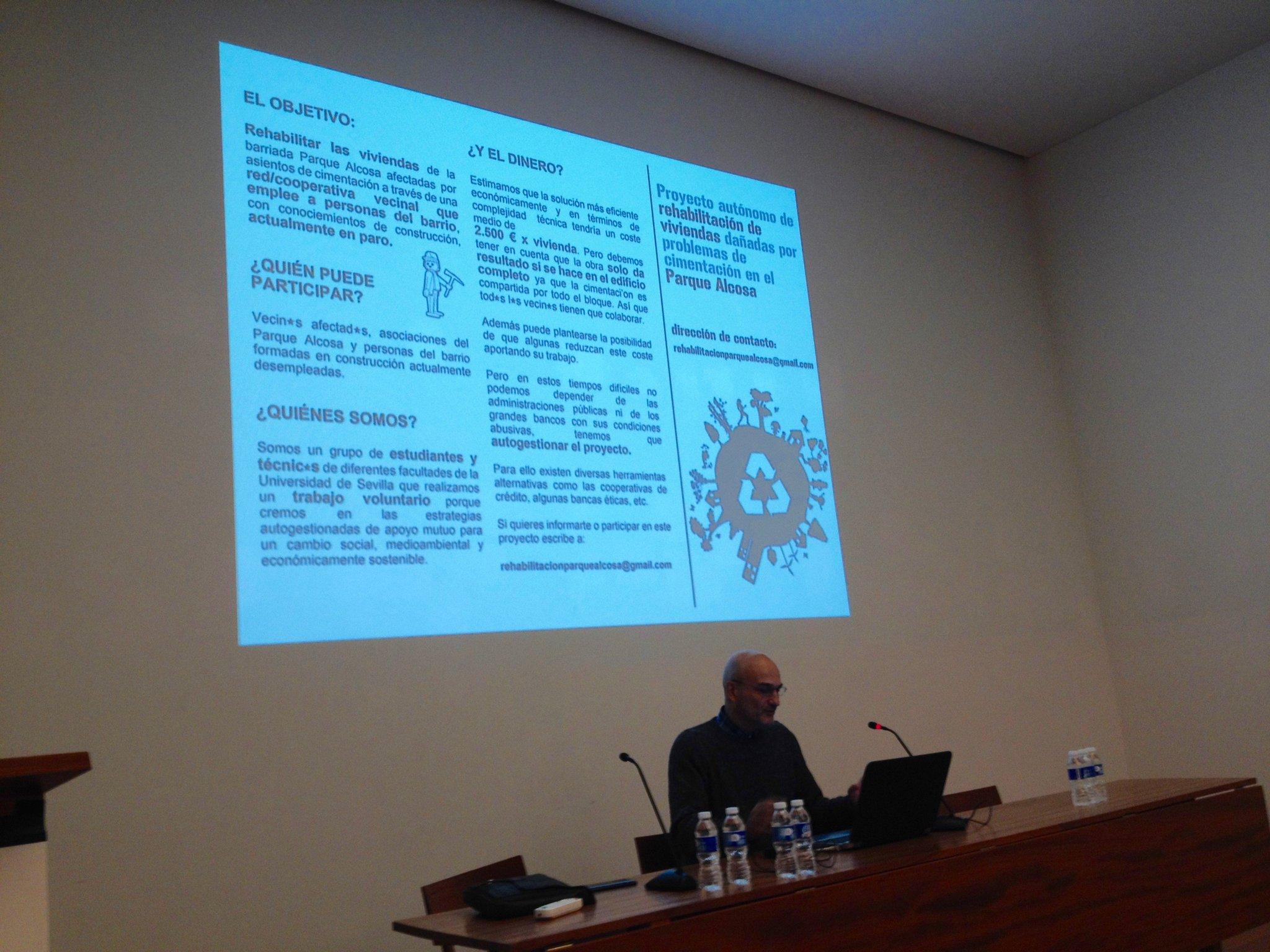"""""""Sobre la necesidad de traducir al lenguaje común los detalles técnicos  de un proyecto de rehabilitación"""" @estebandemanuel en #urbanbat16 https://t.co/r4VSl2Irgp"""