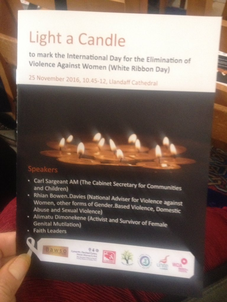 "@BAWSO inspiring words by @carlsargeant1 @wgcs_community ""Together we can make a difference"" @LlandaffCath #whiteribbonday #lightacandle16 https://t.co/hNeZCl5Xug"