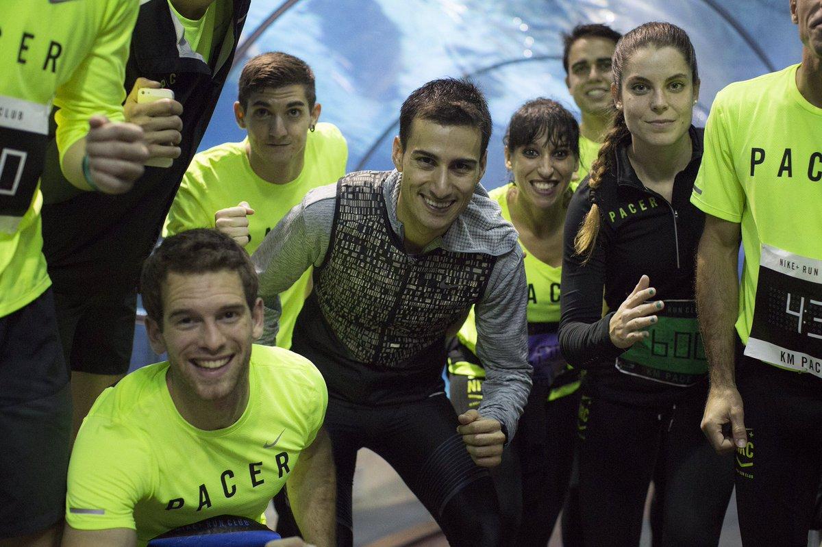 ¡SIN PALABRAS! Correr entre tiburones con el equipazo del Nike+Run Club. ¿Cuándo repetimos? #NRC #NRCBCN