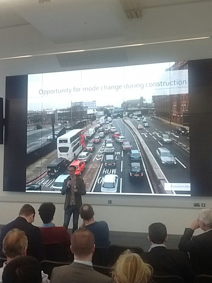 @stu_lester talking about mode shift during HS2 build at #brumdatahack https://t.co/9sYSimEj7T