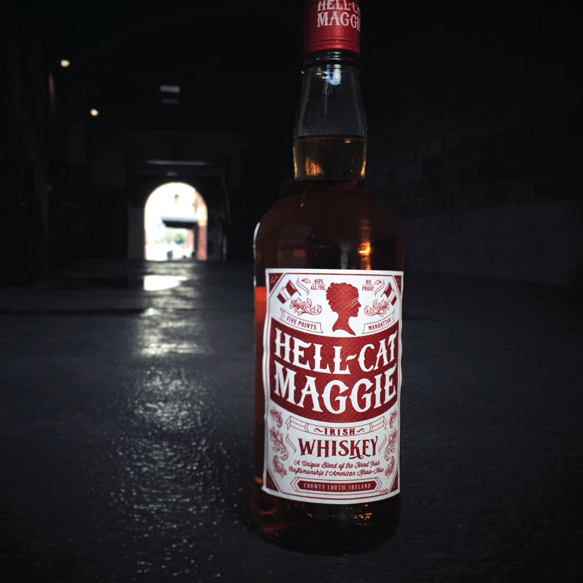 When you hide in the shadows, it's always a black Friday. #hellcatmaggie #irishwhiskey #blackfriday https://t.co/GCY5jfK1uN