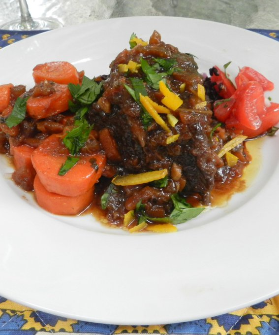 Shanghai Red-Cooked Short Ribs
