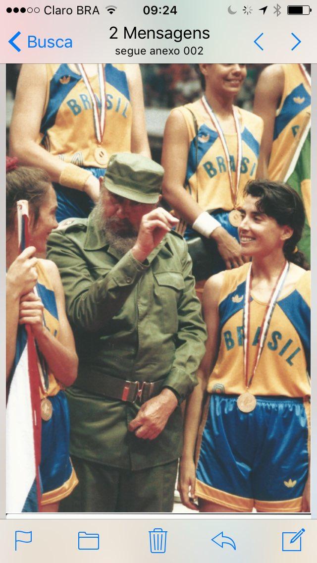Morre Fidel Castro. Este foi um dos momentos mais marcantes da nossa geração. https://t.co/vfeFkMI8gn