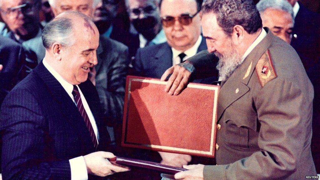 """Soviet Union's last leader Mikhail Gorbachev hails Fidel Castro for """"strengthening"""" Cuba under """"harsh"""" US blockade  https://t.co/eTy31FLFZa https://t.co/5M37qWNGiX"""