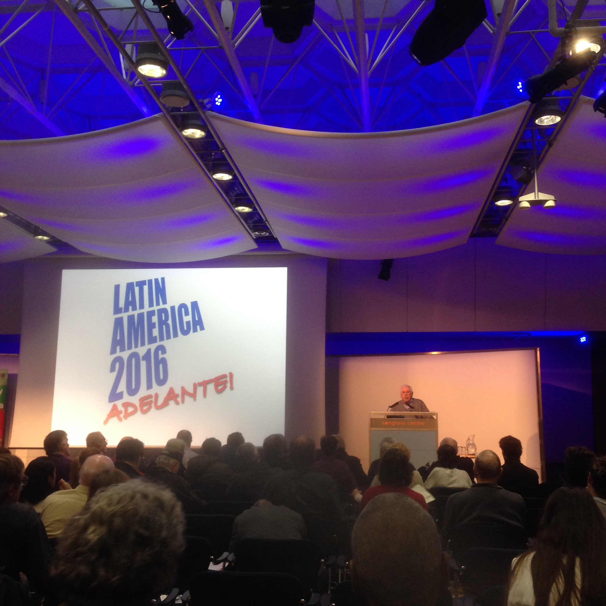 Honoured to be here at @LatAmerica16 with @ENCA_News. A room full of love and admiration to mark the passing of #FidelCastro https://t.co/XiFDFK34II