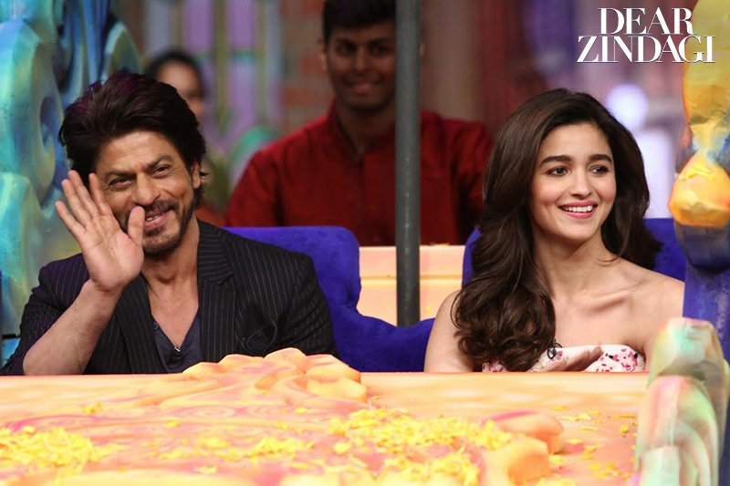 Shahrukh Khan and Alia Bhatt  IMAGES, GIF, ANIMATED GIF, WALLPAPER, STICKER FOR WHATSAPP & FACEBOOK