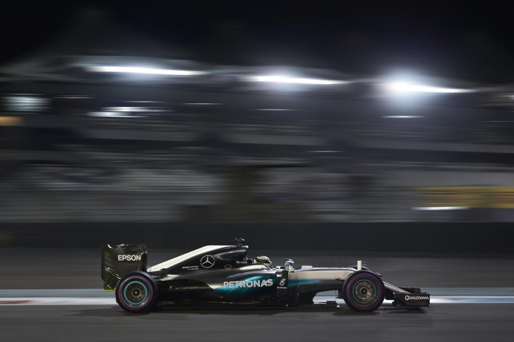 Vedere GP Abu Dhabi Rojadirecta Diretta Streaming Formula 1: Chi sara' il campione del mondo piloti 2016?