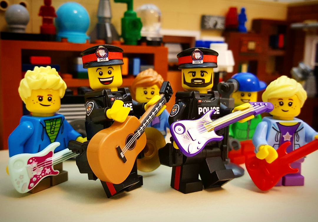 Worksheet How To Teach Kids Division lego cop in gta on twitter officers from 55 division created rock55 after school program to teach kids guitar lessons d