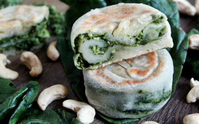 Spinach Pesto Stuffed Savory Pancakes [Vegan]