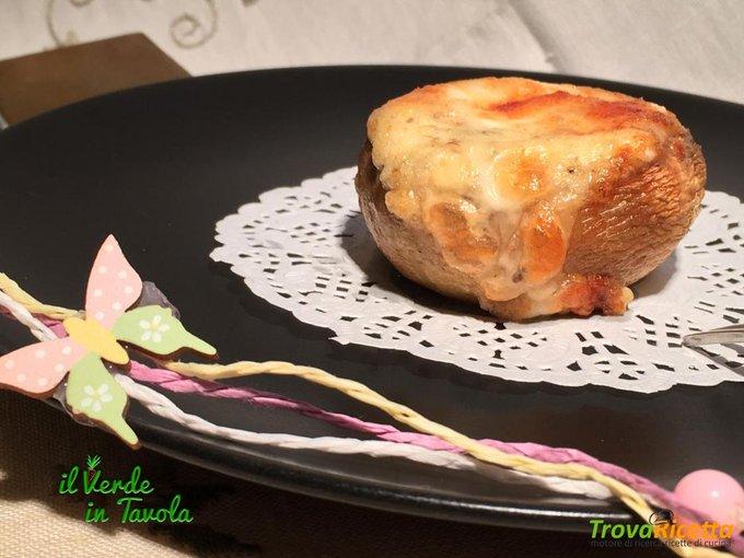 Funghi champignon ai formaggi gratinati al forno